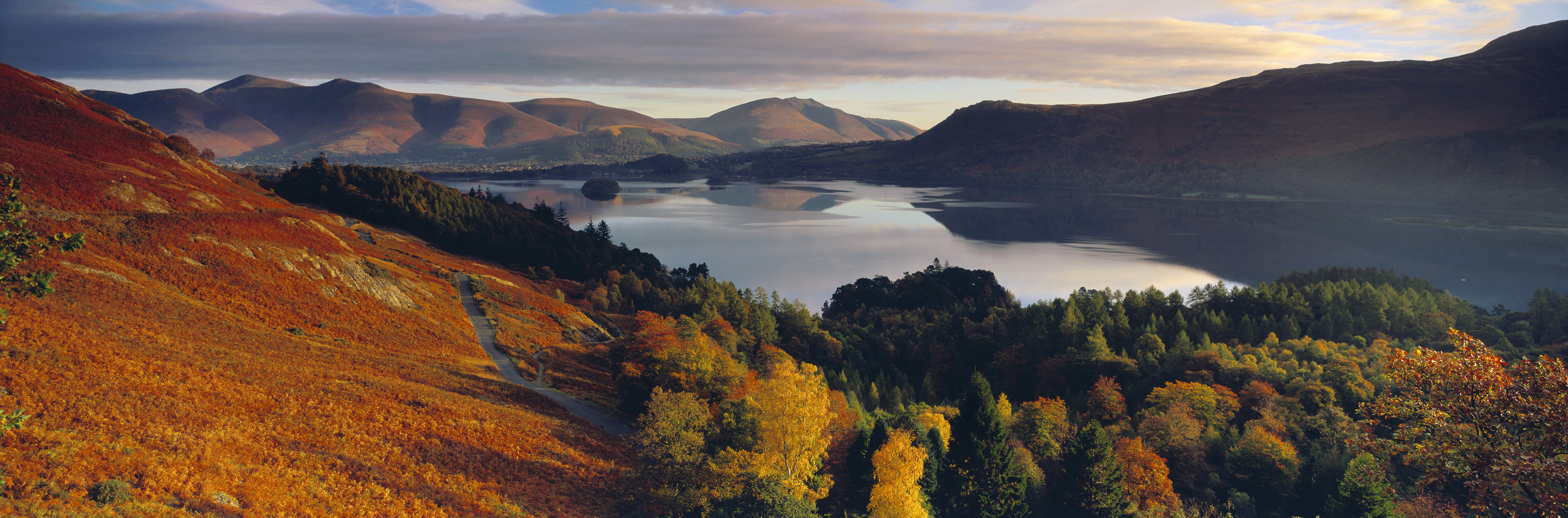 Derwentwater & Skiddaw in autumn, Lake District National Park, Cumbria, England, UK