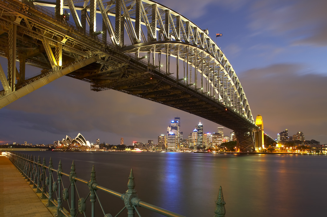 the Harbour Bridge, Opera House & city cemtre from Milsons Point at night, Sydney, New South Wales, Australia