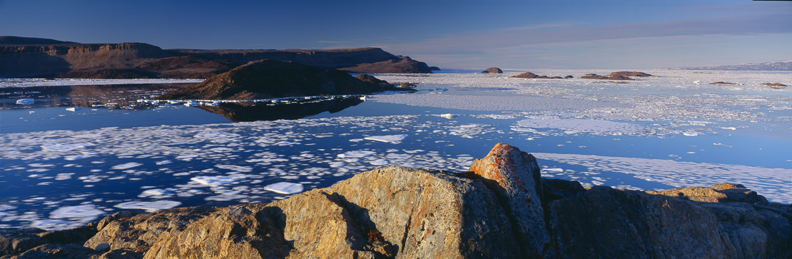 pack ice on the move im Alexandra Fjord, Ellesmere Island, Nunavut, Arctic Canada