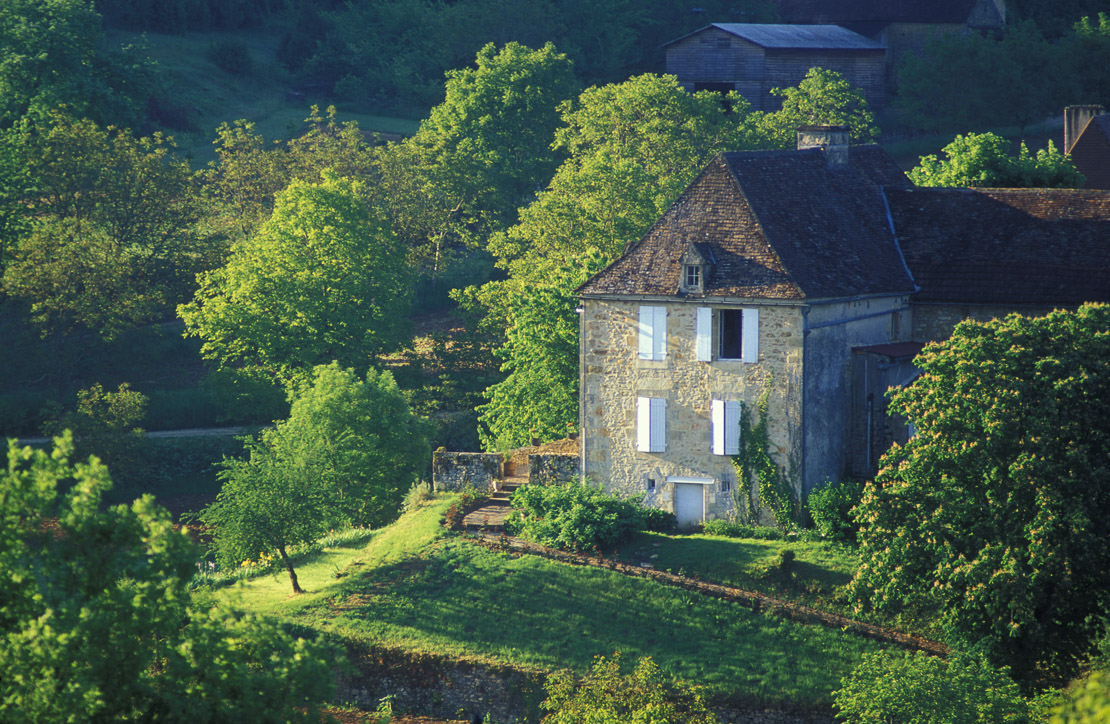 Country house in Dordogne valley, Quercy, France
