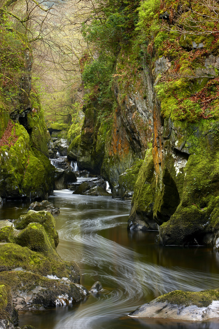 the Fairy Glen, a gorge on the Conwy River nr Betws-y-Coed, Snowdonia National Park, North Wales, UK
